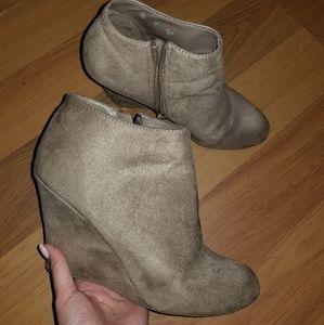 Justfab heel booties size 9